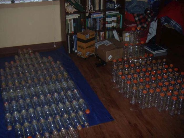 Homemade Boat Made Out Of Bottles (9 pics)