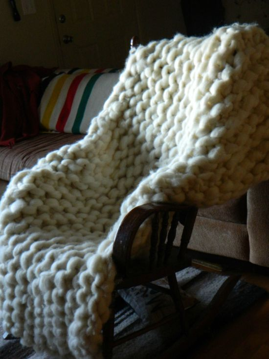 How To Make A Giant Blanket Step By Step (7 pics)