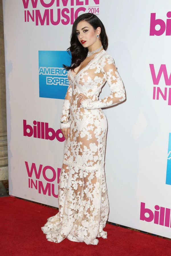 Charli XCX Walks The Red Carpet In A Revealing Dress (17 pics)