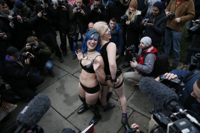 Porn Protesters Sit On Each Other's Faces In London (25 pics)