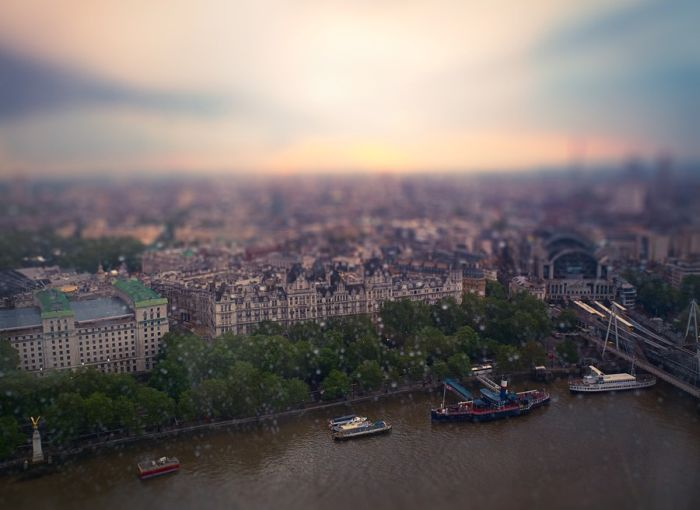 Tilt-Shift Photos Of The Cities (63 pics)