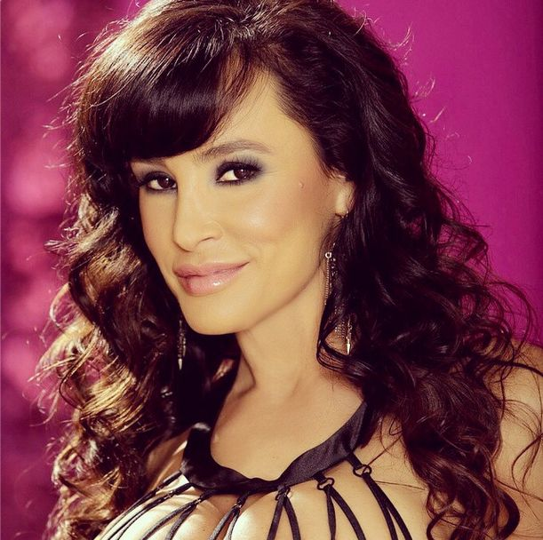 Lisa Ann Announces Her Retirement From Porn (36 pics)