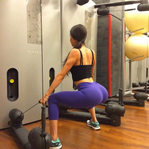 Girls In Yoga Pants Are Definitely The Greatest Thing Ever (49 pics)