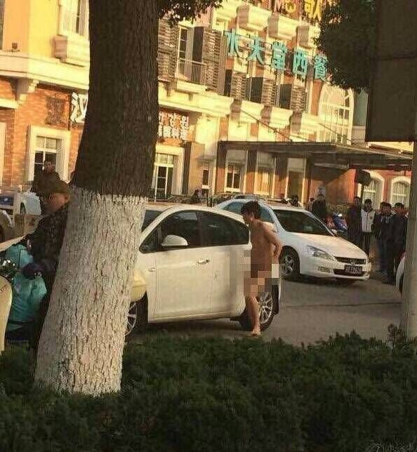 Cheaters Get Caught In China (4 pics)