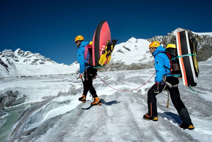 Glacial Hydro Speeding Is Extreme (10 pics)