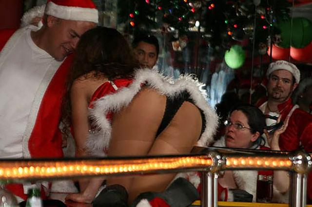 Drunk Girls Get Crazy At Christmas Parties (60 pics)
