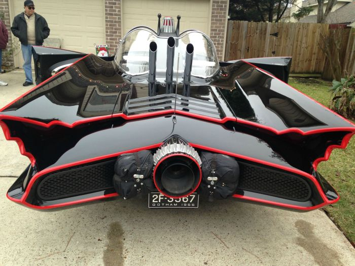 This Homemade Batmobile Is Legit (9 pics)