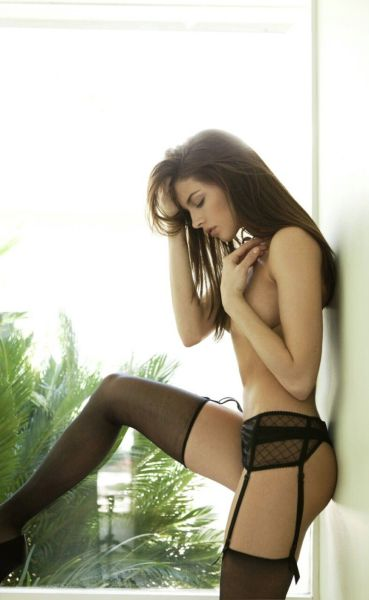 Hot Girls in Lingerie (44 pics)