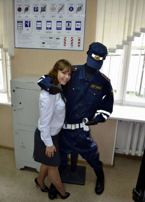 Precisely does Russian girl police outfit apologise, but