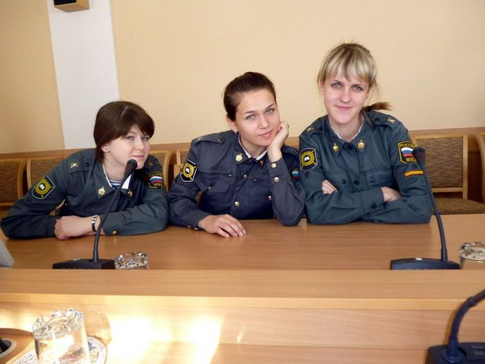 Female Russian Police That Look Great In Uniform (40 pics)