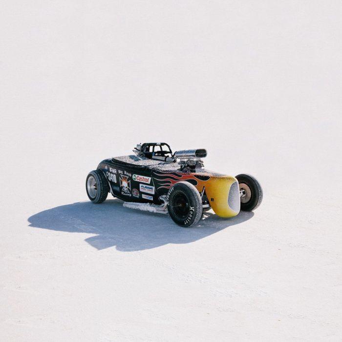 Hot Rod Races In The Australian Desert (25 pics)