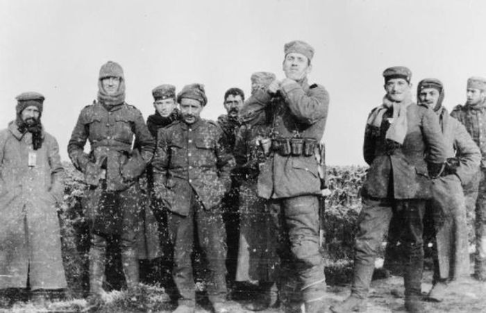 The Heartwarming Story Of A Christmas Truce From World War I (6 pics)