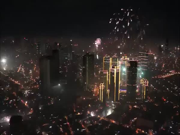 Fireworks Over Manila New Year's Eve 2014