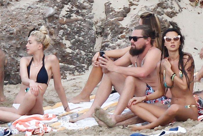 Leonardo DiCaprio Has The Best Life Ever (20 pics)