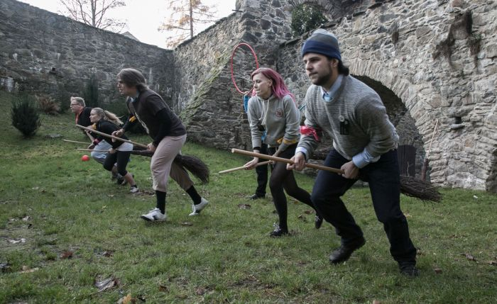 Harry Potter Role Playing In Poland (22 pics)