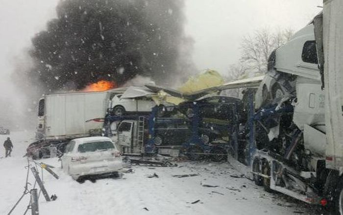 Fireworks Truck Explodes Causing A Huge Pileup In Michigan (31 pics)