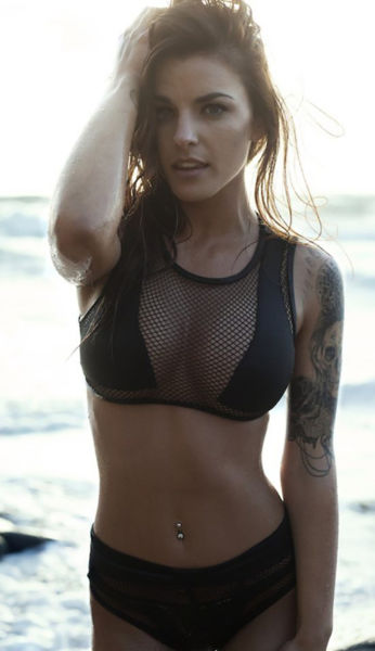 Allow Yourself To Be Mesmerized By These Girls In Mesh Clothing (46 pics)