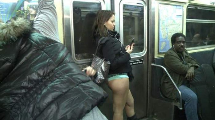 The No Pants Subway Ride Of 2015 Was A Huge Success (40 pics)