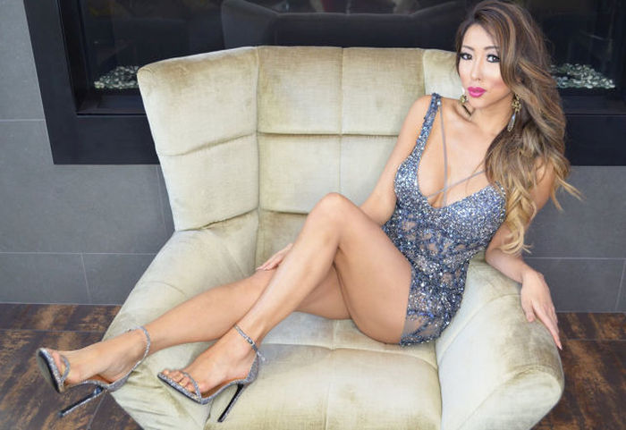 These Beautiful Legs Will Be Running Through Your Mind All Day (40 pics)