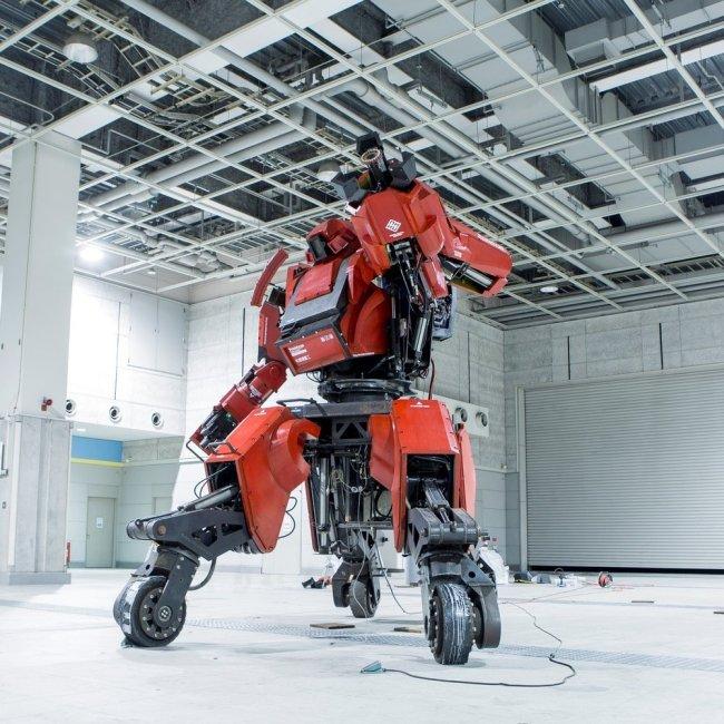 Meet Kuratas The Million Dollar Robot (19 pics)