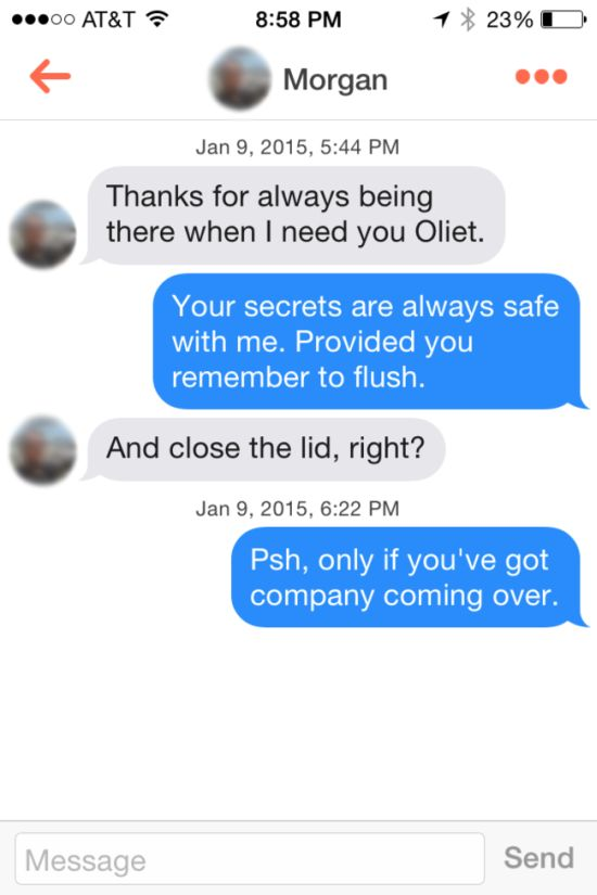 Man Gets Over 200 Matches Posing As A Toilet On Tinder (18 pics)