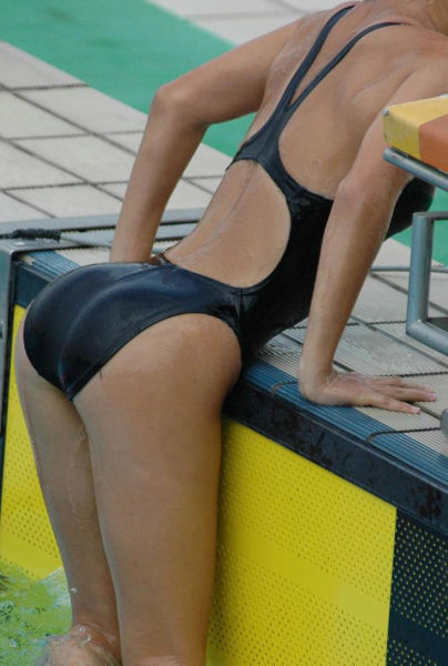 Girls That Are Both Sexy And Sporty (41 pics)