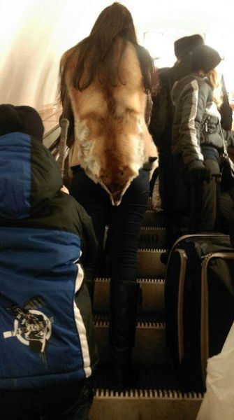 Things You Definitely Shouldn't Be Wearing On The Subway (43 pics)