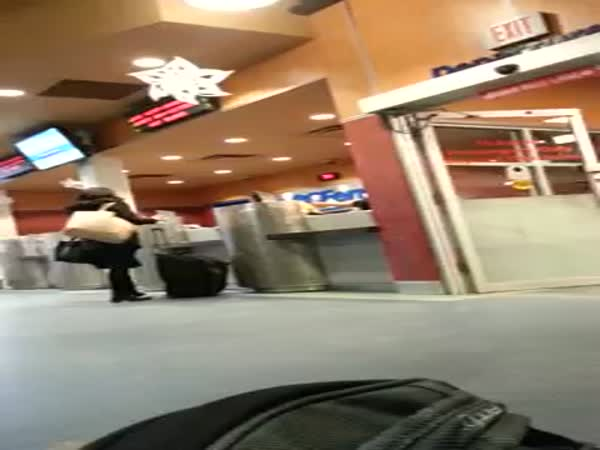 Girl Freaks Out After Missing The Ferry