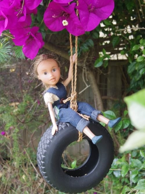 These Bratz Dolls Got Extreme 'Makeunders' (16 pics)
