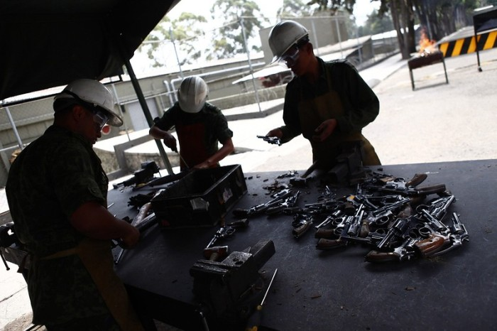 Citizens Hand Over Weapons In Mexico (15 pics)