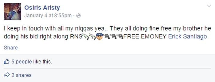 Teen Arrested After Threatening To Kill Police With Emojis (5 pics)