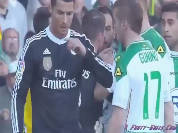Cristiano Ronaldo Gets A Red Card For Hitting A Cordoba Player