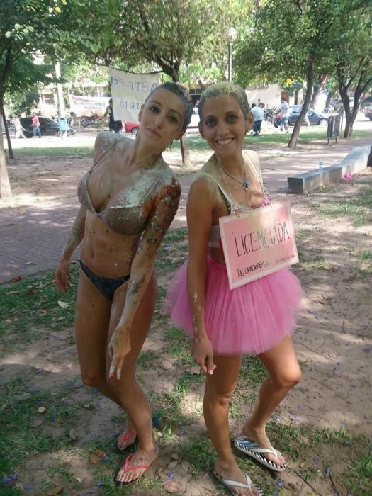 Messy Graduation in Argentina (18 pics)