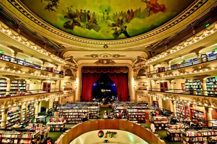 El Ateneo Grand Splendid Is A Beautiful Bookstore (13 pics)