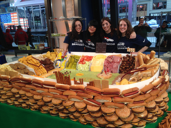 How To Build A Super Bowl Stadium Out Of Snacks (15 pics)