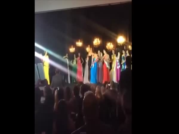 Miss Amazonas Coronation Gone Wrong