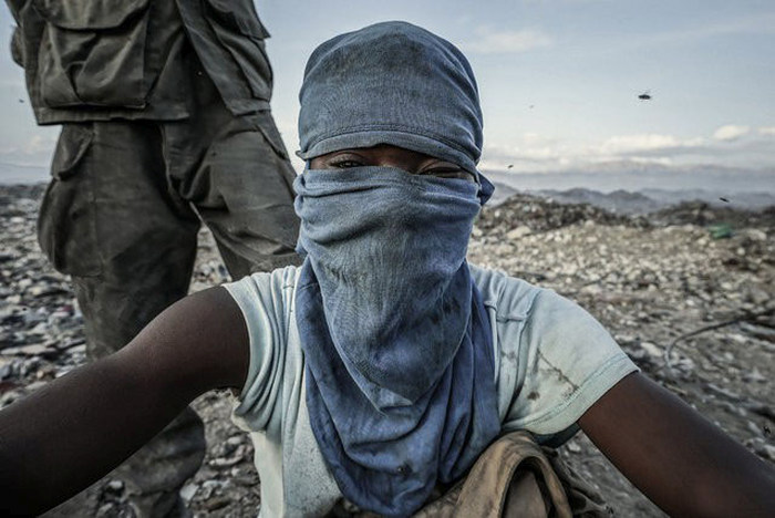 The Scavengers Of Port-au-Prince (29 pics)