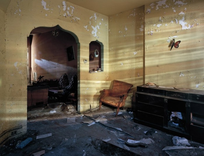 The Abandoned Houses Of Philadelphia Aren't All Abandoned (30 pics)