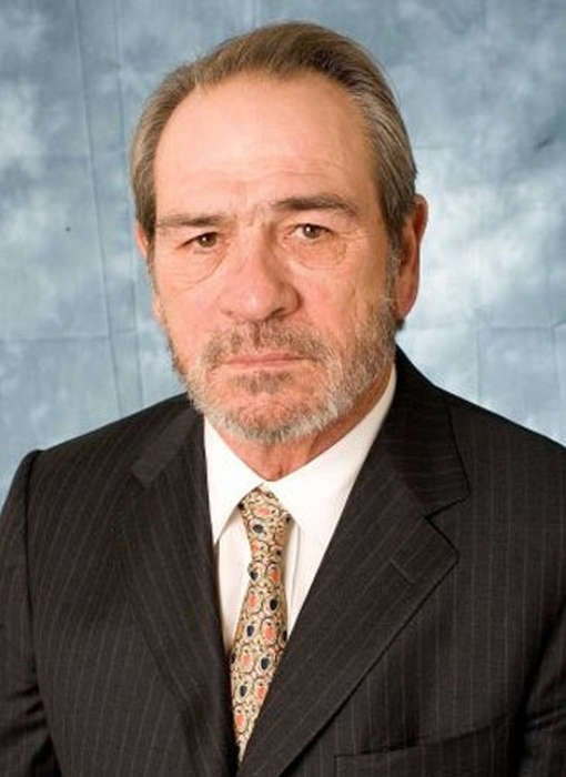 The Evolution Of Tommy Lee Jones Over 40 Years (22 pics)