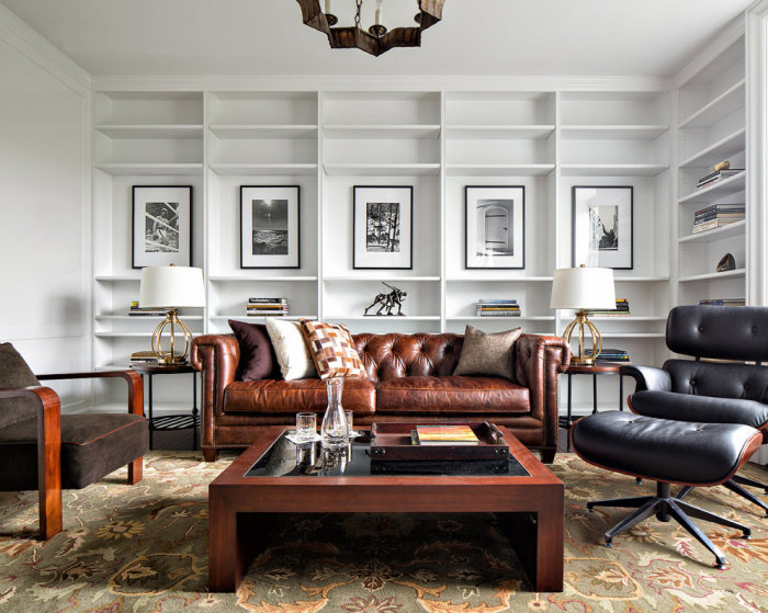 A Look Inside Bruce Willis' Very Normal Apartment (11 pics)
