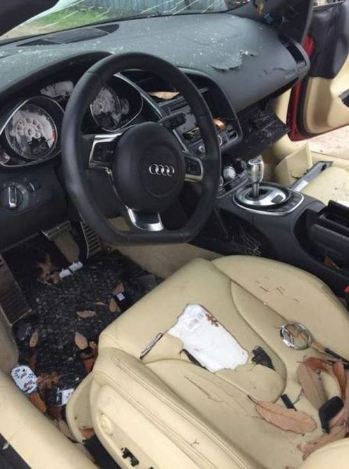 Why Cheating Is A Terrible Idea If You Own A Fancy Car (4 pics)