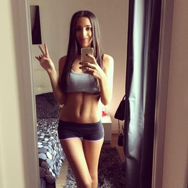There's Nothing Hotter Than A Girl That Takes Care Of Her Body (46 pics)
