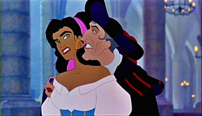 Insane Disney Moments That Might Ruin Your Childhood (26 pics)