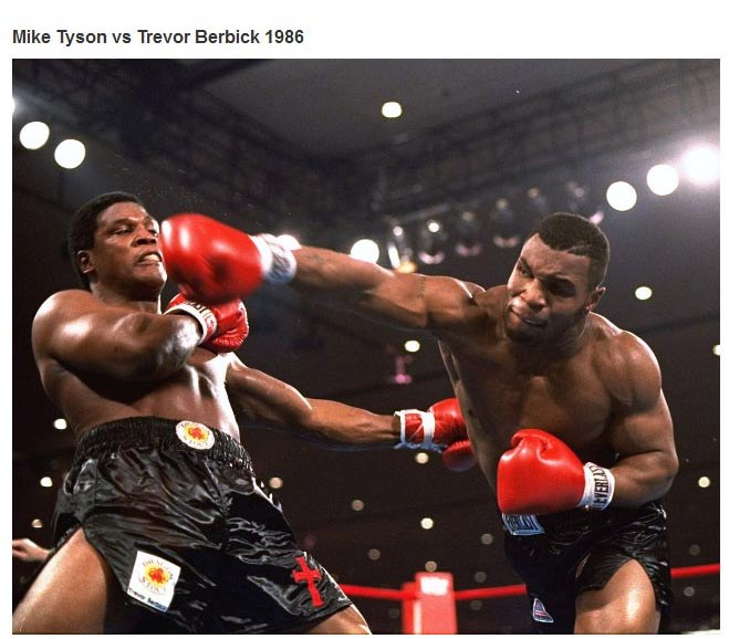 These Pictures Captured Some Of The Most Epic Moments In Sports (24 Pics)