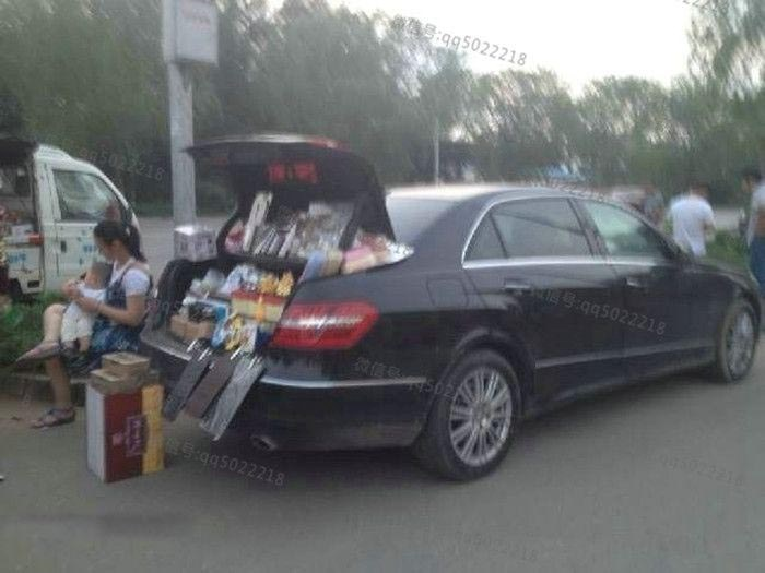 A Look At The Life Of Chinese Street Vendors (36 pics)