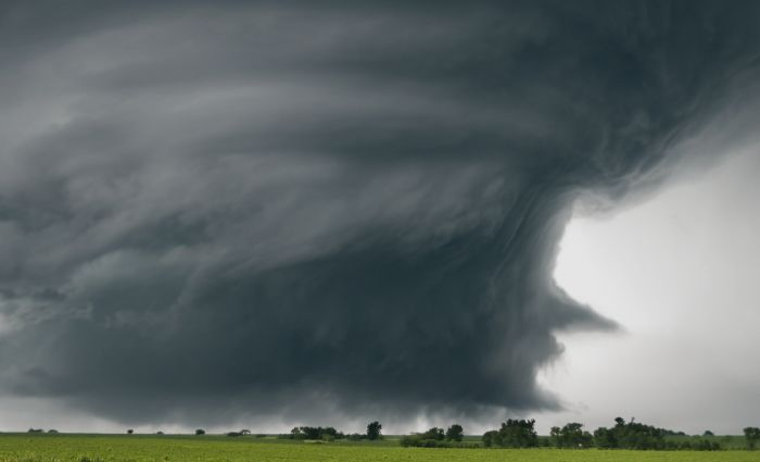 These Looping Gifs Of Supercell Thunderstorms Are Hypnotizing (24 gifs)