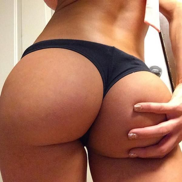 There's Nothing Better Than A Beautiful Butt (54 pics)