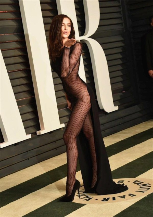 Rita Ora And Irina Shayk Show Off Some Skin At The Oscars After Party (5 pics)