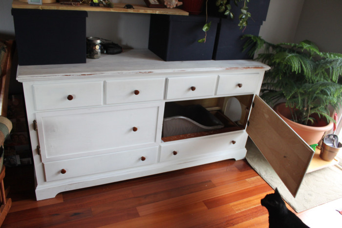 The Perfect Way To Hide Your Cat's Litter Box (16 pics)