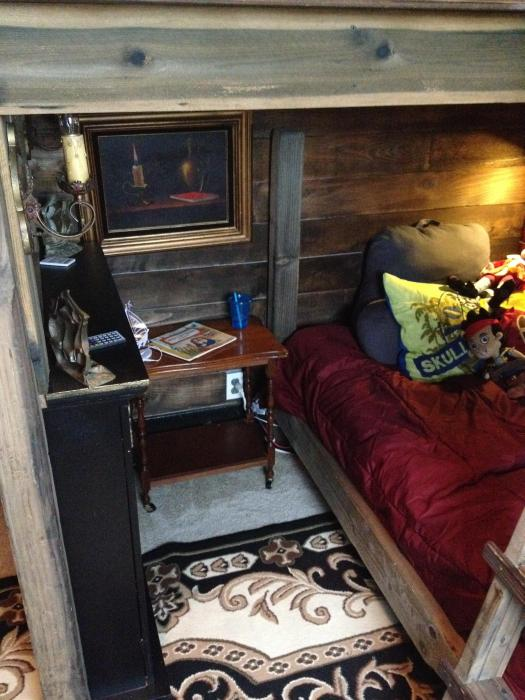 This Isn't A Bedroom Anymore It's A Pirate Room (44 pics)
